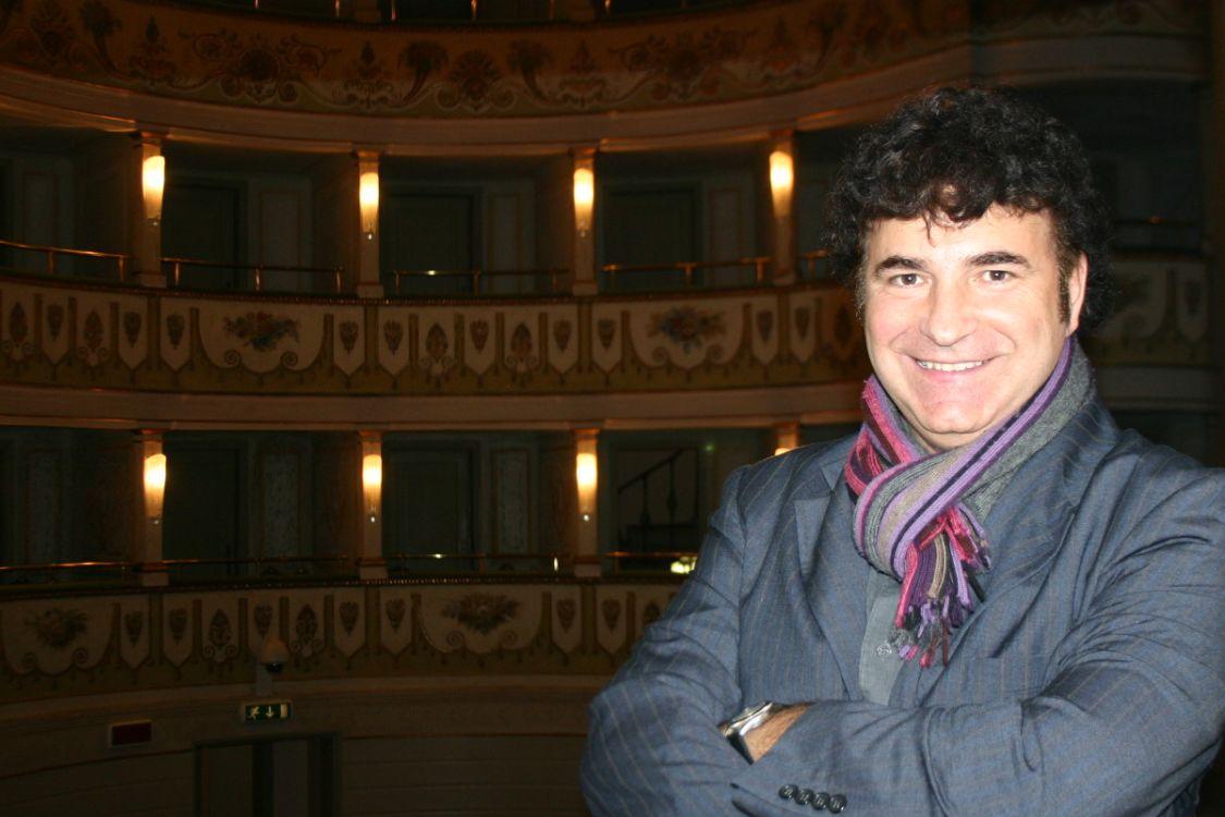 Il giornalista Sergio d'Alesio intervista Rino Capitanata